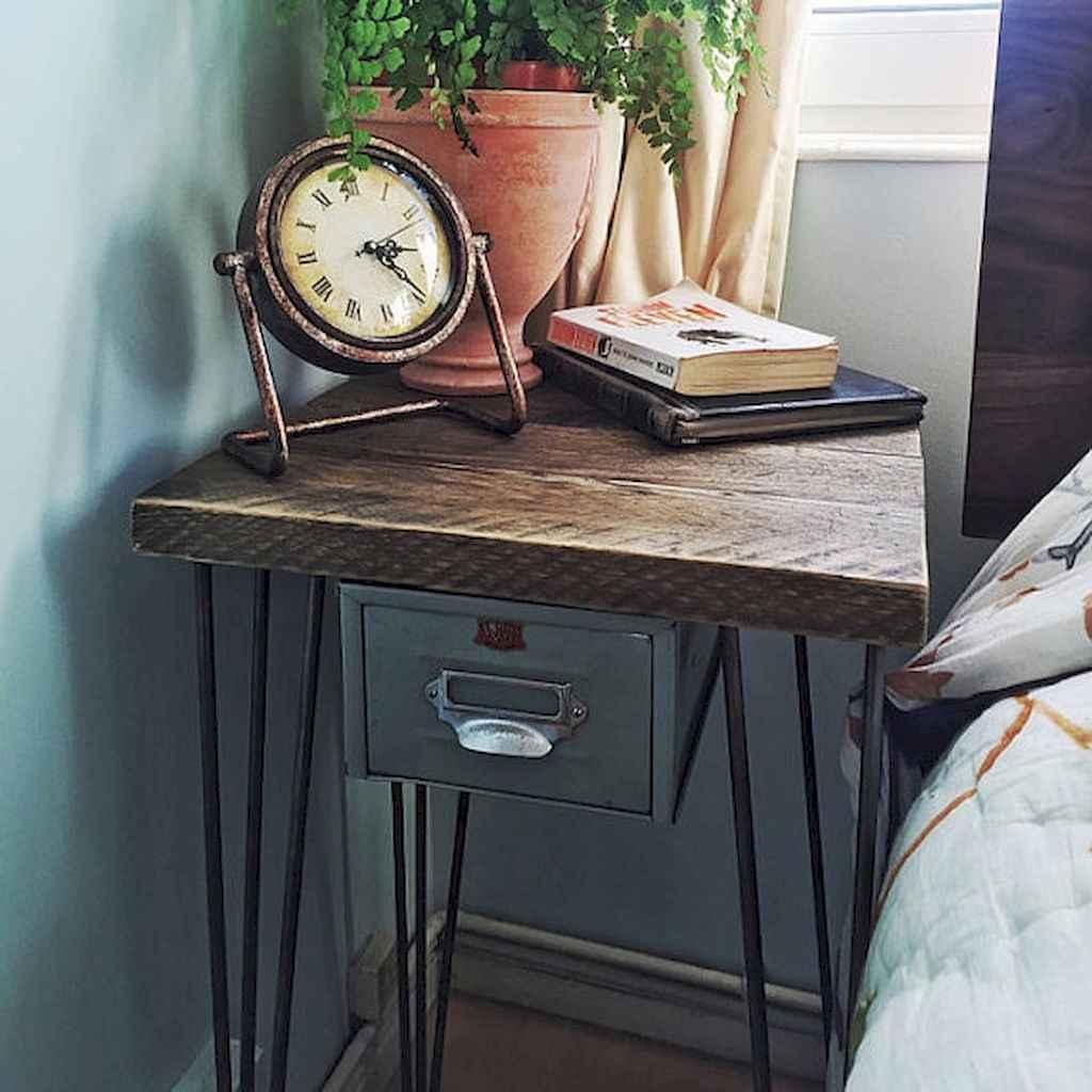 60 beautiful beside table decor ideas (31)