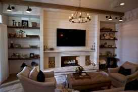80 incridible rustic farmhouse fireplace ideas makeover (24)