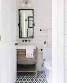 110 spectacular farmhouse bathroom decor ideas (105)