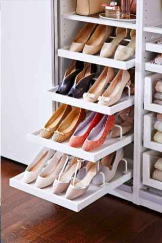 120 brilliant wardrobe ideas for first apartment bedroom decor (44)