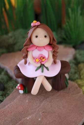120 easy to try diy polymer clay fairy garden ideas (115)