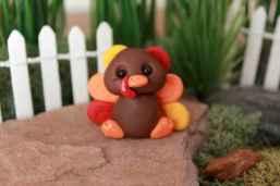 120 easy to try diy polymer clay fairy garden ideas (22)