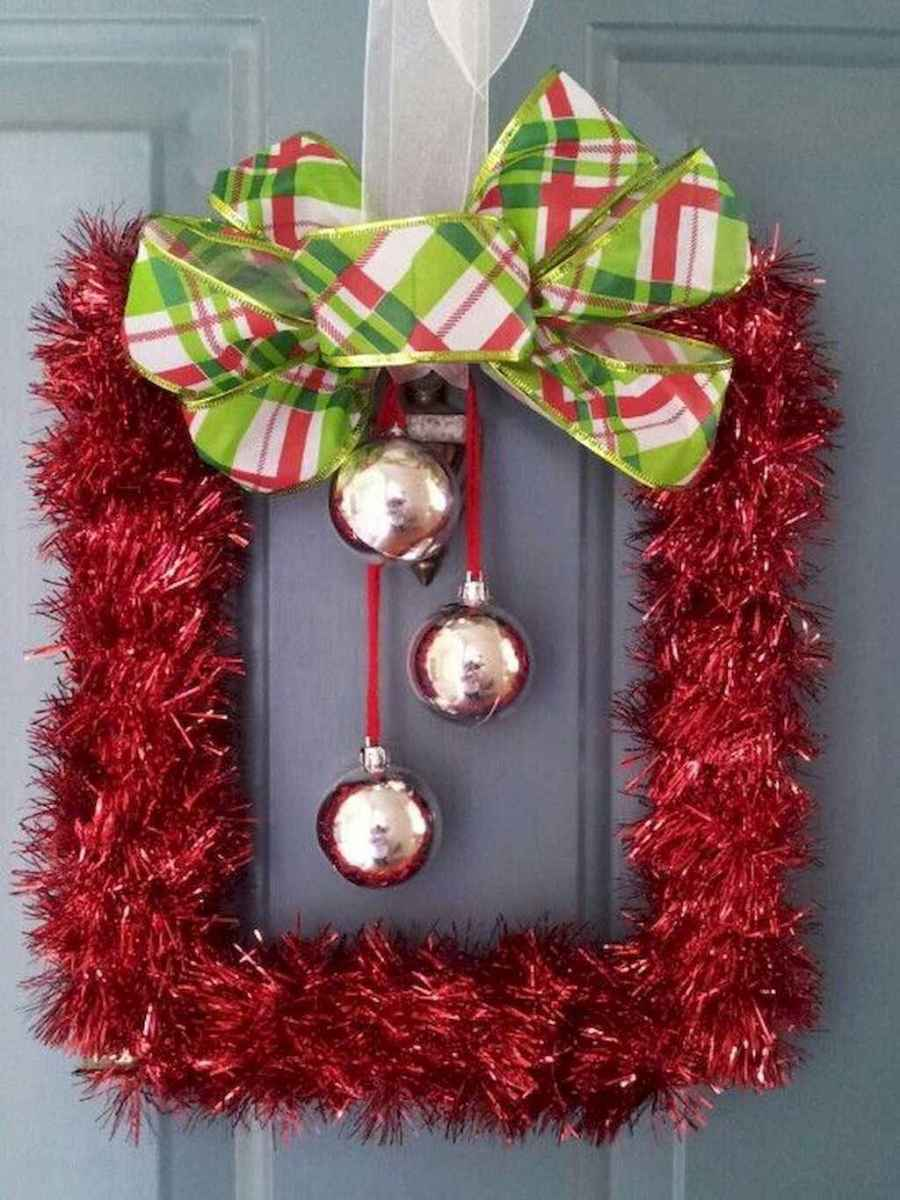 30 cheap diy dollar store christmas decor ideas (21)