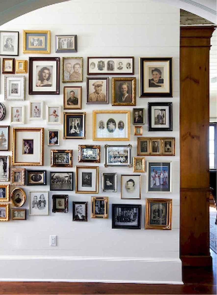 40 diy family photos display ideas for apartment decor (2)