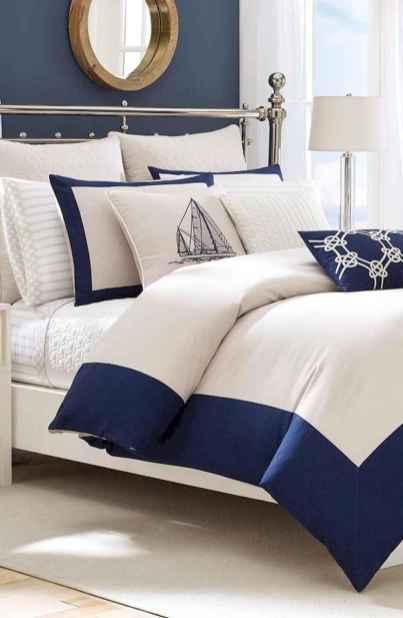 40 navy master bedroom decor ideas (14)