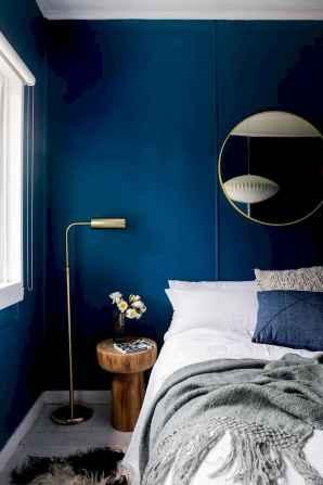 40 navy master bedroom decor ideas (30)