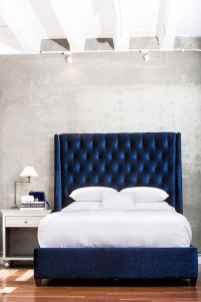 40 navy master bedroom decor ideas (36)