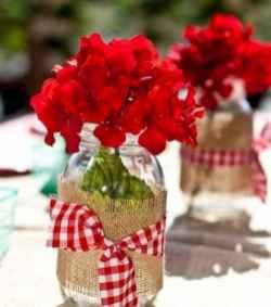 44 romantic valentines party decor ideas (14)