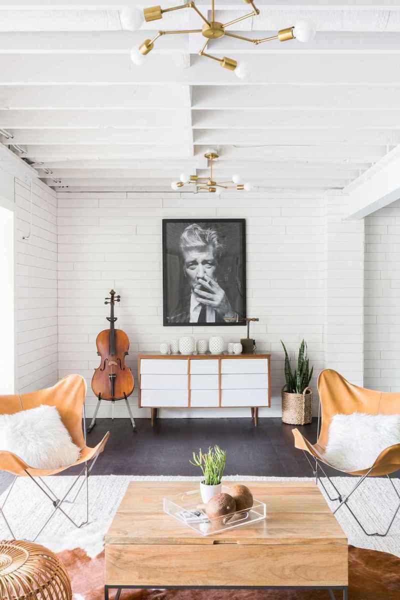 50 elegant rustic apartment living room decor ideas (42)