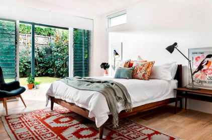 60 cool eclectic master bedroom decor ideas (32)