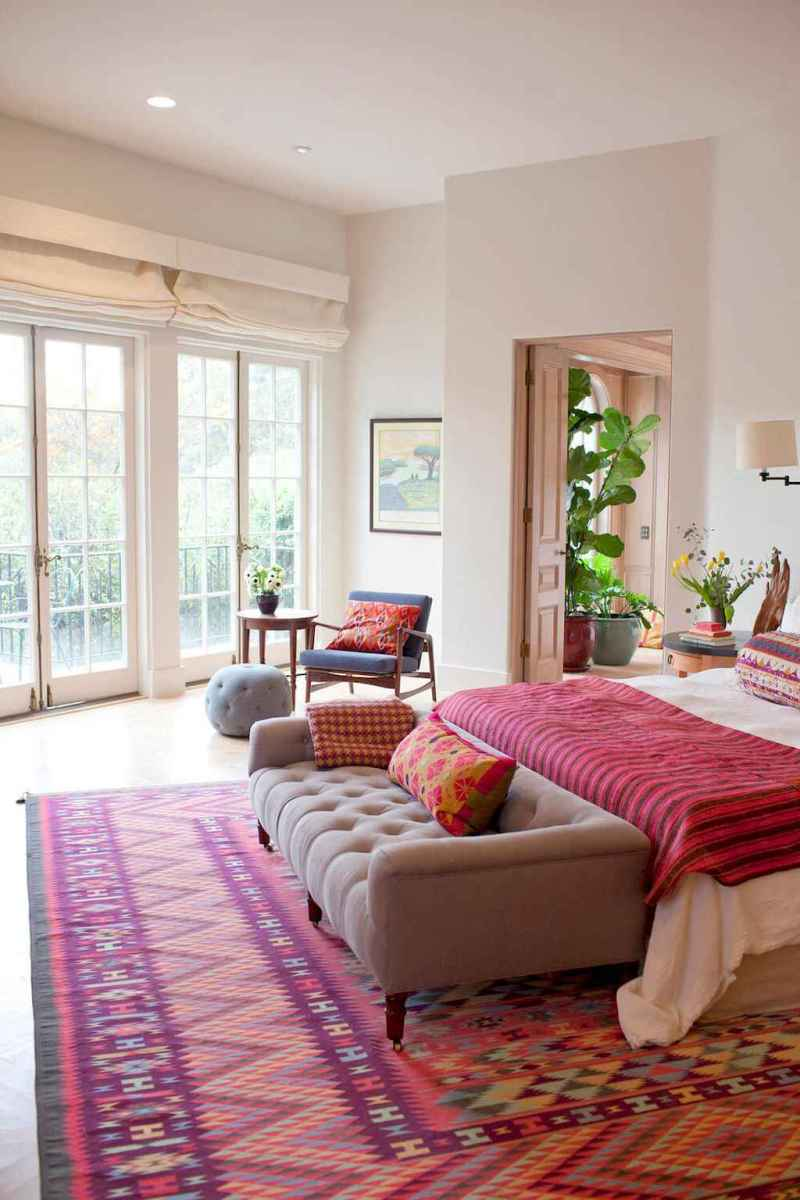 60 cool eclectic master bedroom decor ideas (54)