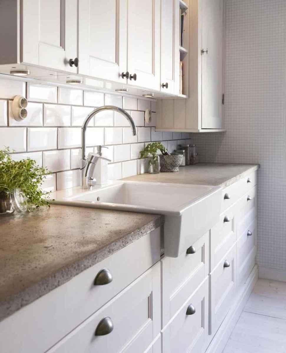 60 fancy farmhouse kitchen backsplash decor ideas (36)