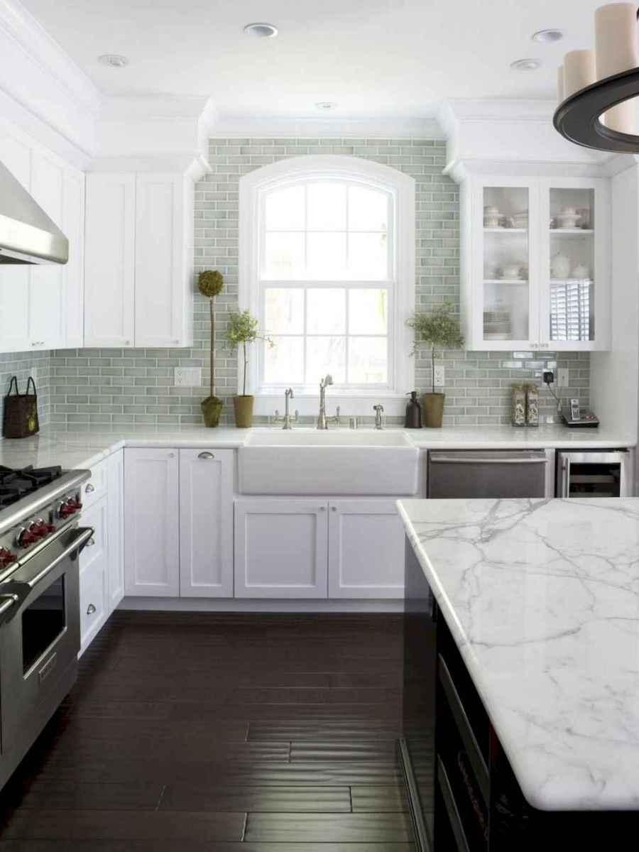 60 fancy farmhouse kitchen backsplash decor ideas (9)