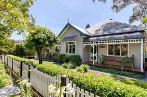 60 stunning australian farmhouse style design ideas (43)