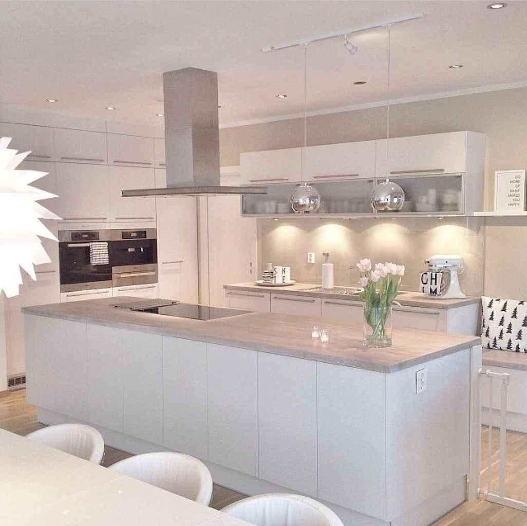 70 cool modern apartment kitchen decor ideas (44)