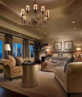 80 relaxing master bedroom decor ideas (73)