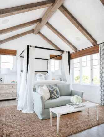 80 relaxing master bedroom decor ideas (79)