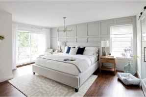 80 relaxing master bedroom decor ideas (80)