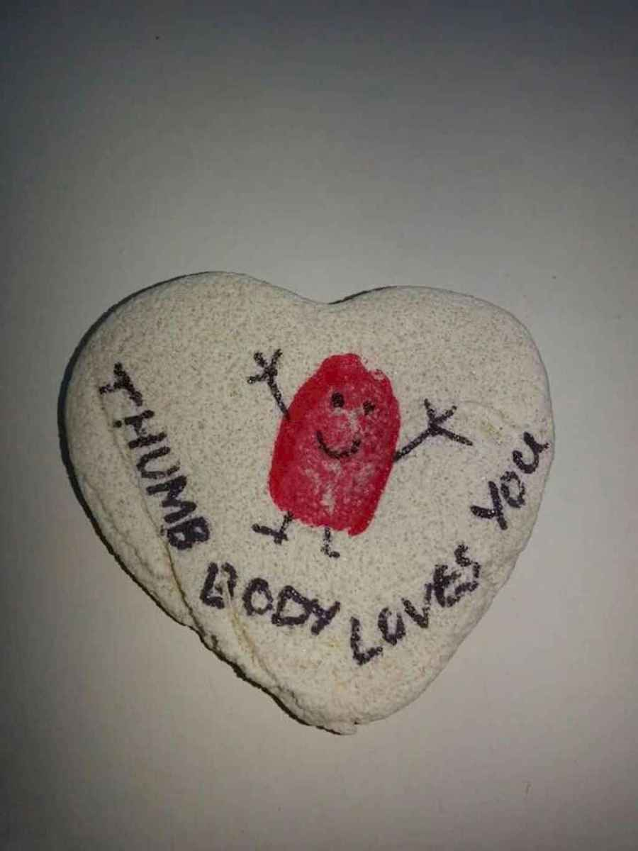 80 Romantic Valentine Painted Rocks Ideas Diy For Girl 32