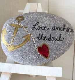 80 romantic valentine painted rocks ideas diy for girl (49)