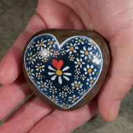 80 romantic valentine painted rocks ideas diy for girl (6)