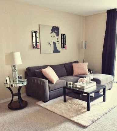 80 smart solution small apartment living room decor ideas (23)