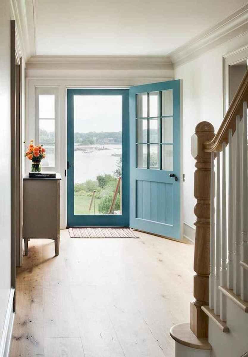 90 awesome front door farmhouse entrance decor ideas (27)