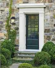 90 awesome front door farmhouse entrance decor ideas (37)
