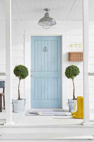 90 awesome front door farmhouse entrance decor ideas (38)