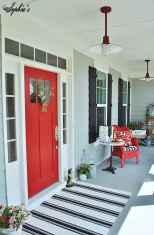 90 awesome front door farmhouse entrance decor ideas (62)