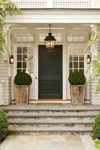 90 awesome front door farmhouse entrance decor ideas (93)