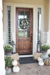 90 awesome front door farmhouse entrance decor ideas (95)