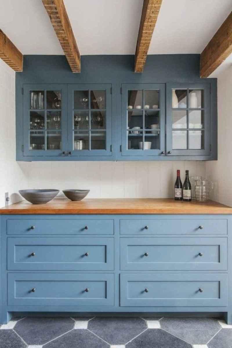90 pretty farmhouse kitchen cabinet design ideas (40)