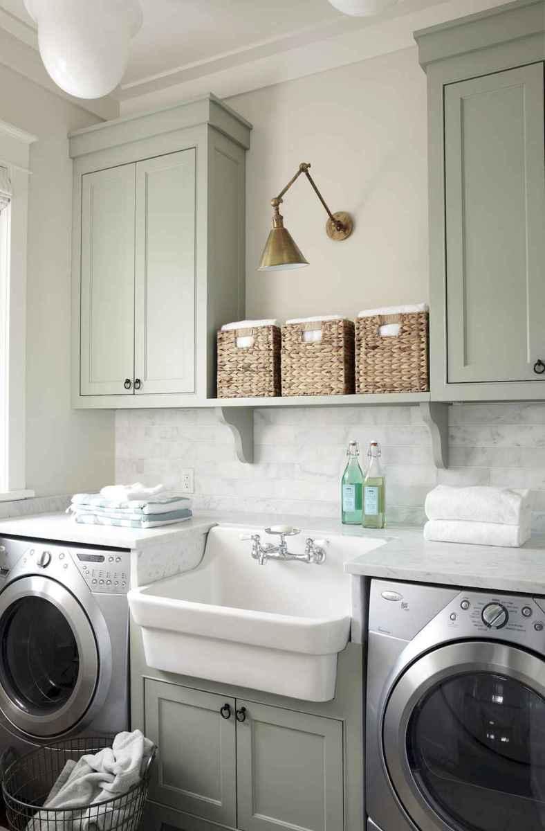 90 pretty farmhouse kitchen cabinet design ideas (59)