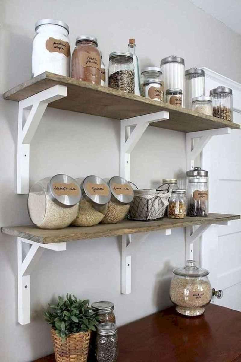 90 pretty farmhouse kitchen cabinet design ideas (68)