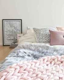 100+ cute loft beds college dorm room design ideas for girl (2)