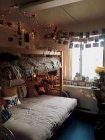 100+ cute loft beds college dorm room design ideas for girl (74)