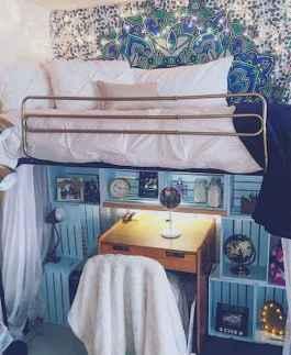 100+ cute loft beds college dorm room design ideas for girl (78)