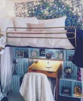 100+ cute loft beds college dorm room design ideas for girl (78)