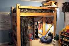 100+ cute loft beds college dorm room design ideas for girl (84)