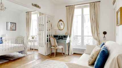 111 awesome parisian chic apartment decor ideas (52)