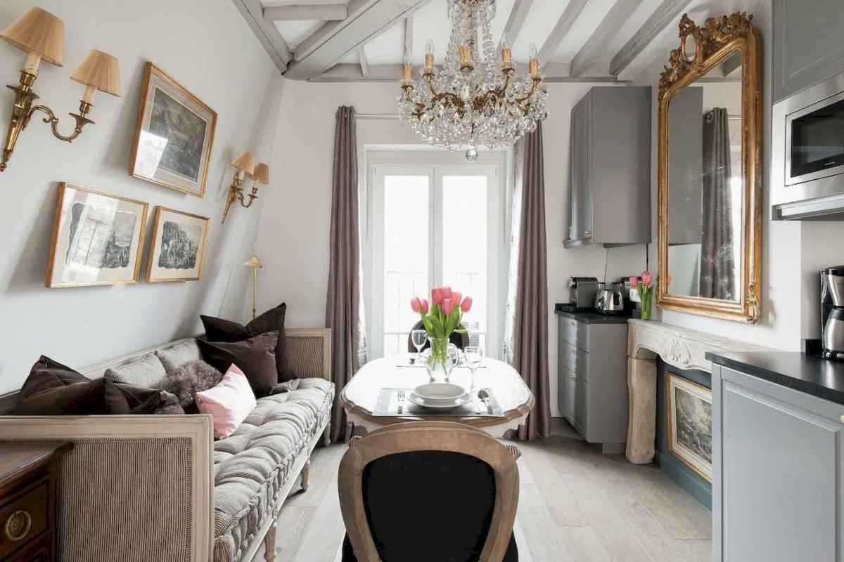 111 awesome parisian chic apartment decor ideas (69)