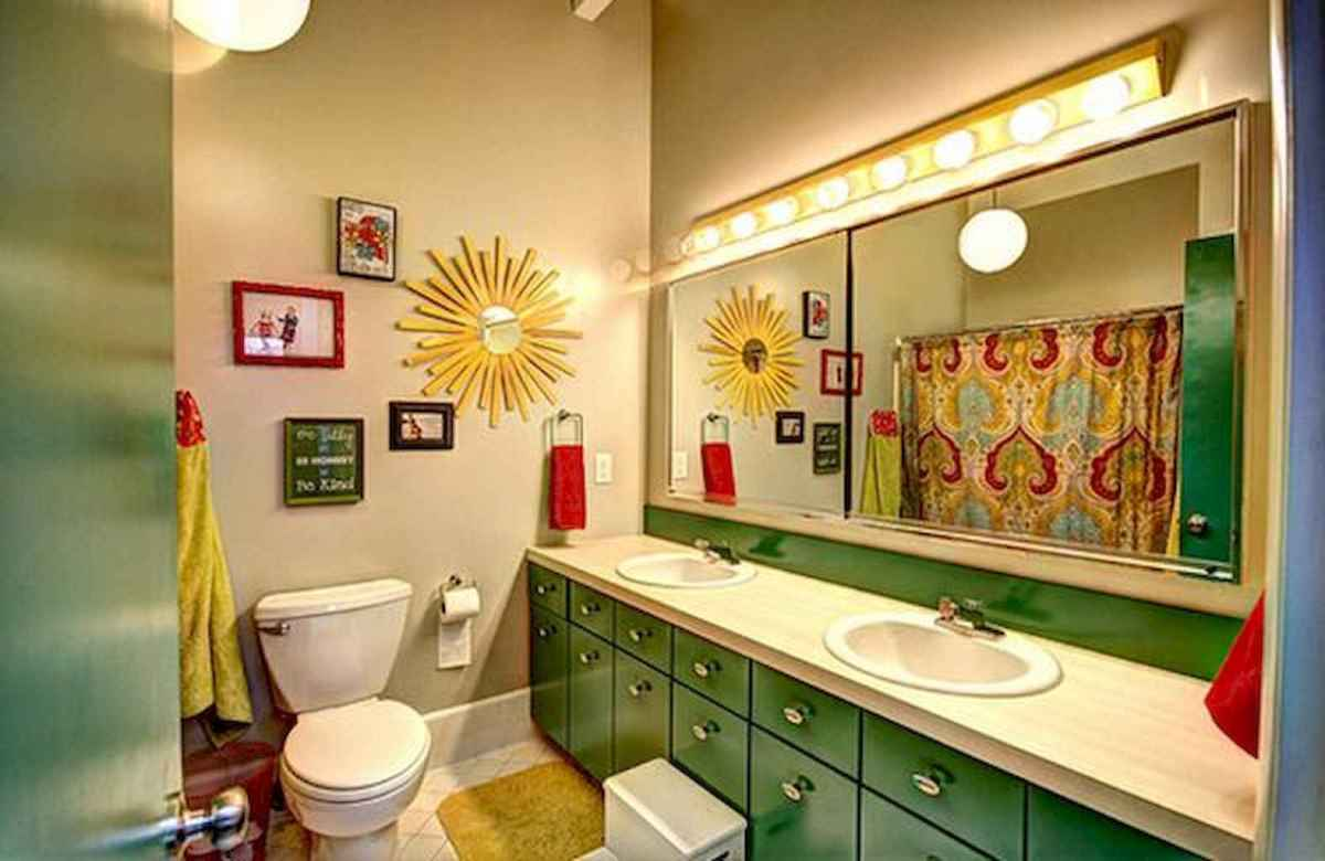 55 colorful and relax bathroom remodel ideas (24)