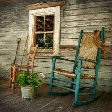 60 awesome farmhouse porch rocking chairs decoration (39)