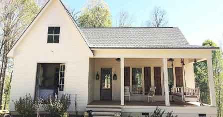 60 rustic farmhouse exterior decor ideas (33)