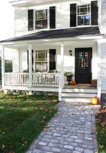 65 stunning farmhouse porch railing decor ideas (24)