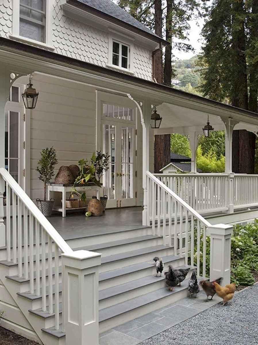 65 stunning farmhouse porch railing decor ideas (36)