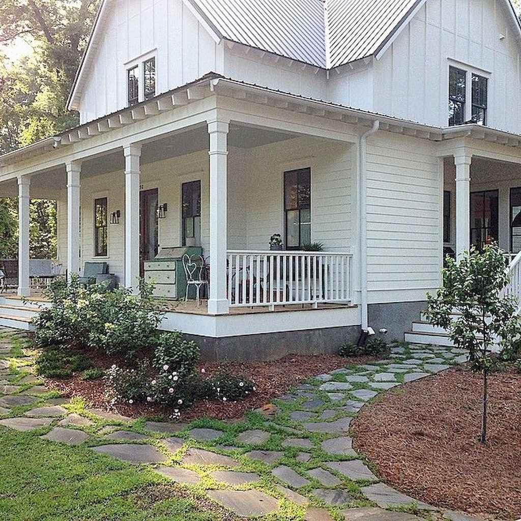 65 stunning farmhouse porch railing decor ideas (48)