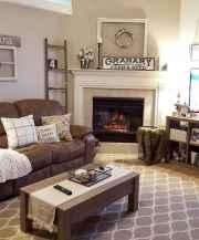 66 best farmhouse living room remodel ideas (51)