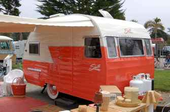 70 spectacular vintage trailers rv living ideas (15)